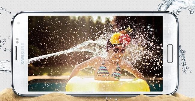 Samsung Galaxy S5 tahan Air dan debu