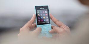 Cari HP biasa terbaru yang keren? Cek Nokia 216 ini